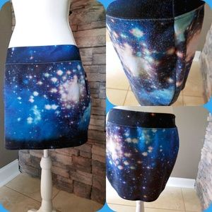 Large Cosmic outer space Hot Topic MiNi!!!! :)
